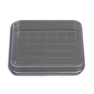 Clear two-piece plastic square gridded search dish with lid